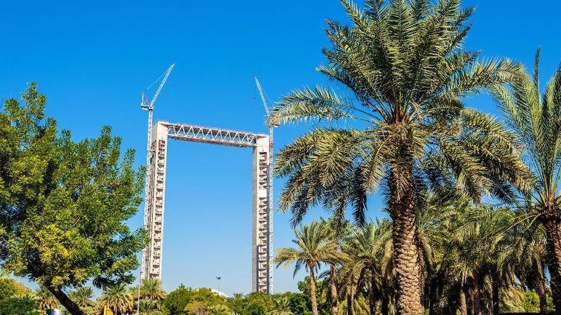 Objek wisata baru ini bernama Dubai Frame. Akan diresmikan pada Januari 2018 (Thinkstock)