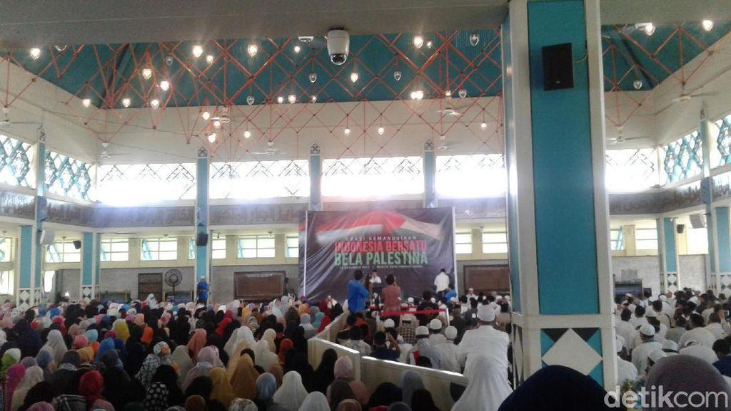 Orasi Bela Palestina di Masjid PI, Bachtiar Nasir-Felix Siauw Hadir