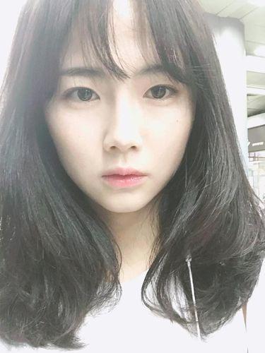 Ini Lee Mina, Pemain Sepak Bola Cantik yang Curi Perhatian Netizen