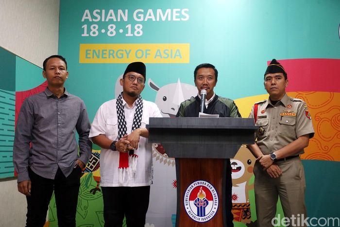 Imam memberikan keterangan pers di Kantor Kemenpora, Jakarta, Rabu (13/12/2017).