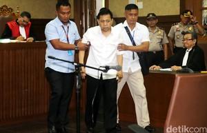 Polemik Kesehatan Warnai Sidang Perdana Novanto