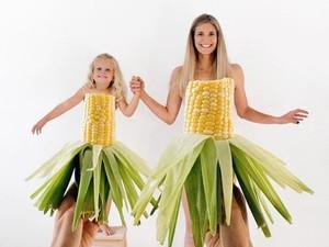 Ide Foto Lucu Bareng si Kecil: Pakai Baju Unik