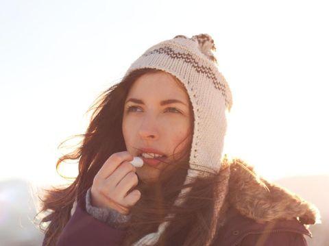 5 Tips Mencegah Bibir Kering dan Pecah-pecah Saat Puasa Ramadan
