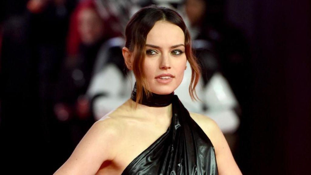 Alasan Bintang Star Wars Daisy Ridley Tak Mau Selfie dengan Fans
