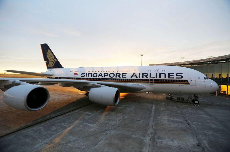 Terbaru Singapore Airlines memiliki penerbangan non stop terpanjang sedunia. Rutenya dari Singapura ke New York sejauh 9.500 mil atau setara 15.289 kilometer ( Dok. REUTERS/Regis Duvignau)