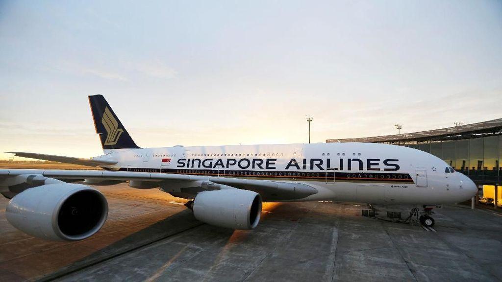 Efisiensi karena Corona, Singapore Airlines Potong Gaji Direktur