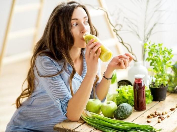Makan sayur bisa bantu cegah depresi. Foto: iStock