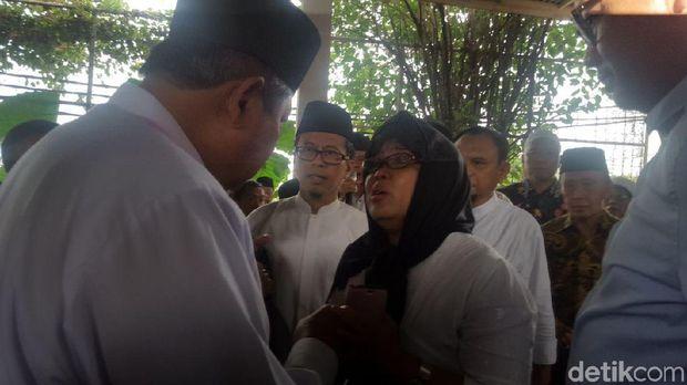 SBY melayat ke rumah duka AM Fatwa