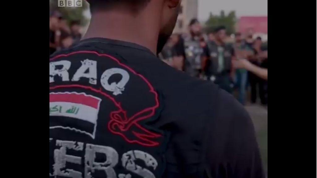 Kisah Para Pengendara Motor Irak yang Dihadang Bom dan Tembakan