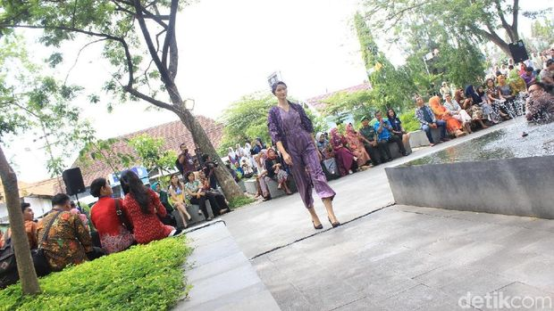 Suasana Dhoho Street Fashion di Kediri/