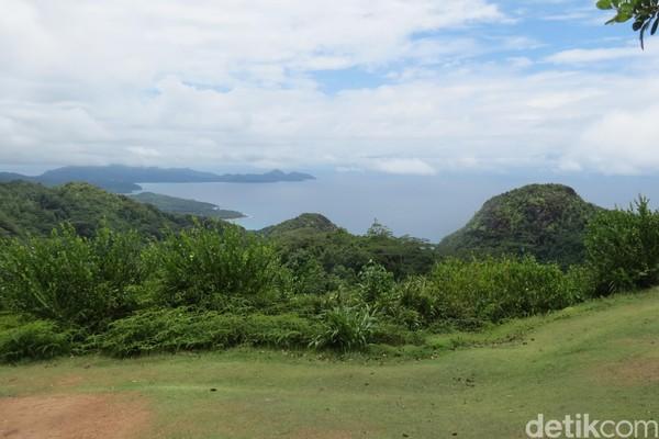 Bukit Mission Lodge berada di Mahe, pulau utama Seychelles. Dari ketinggian sekitar 500 mdpl, ini adalah spot asyik untuk menikmati pemandangan (Fitraya/detikTravel)