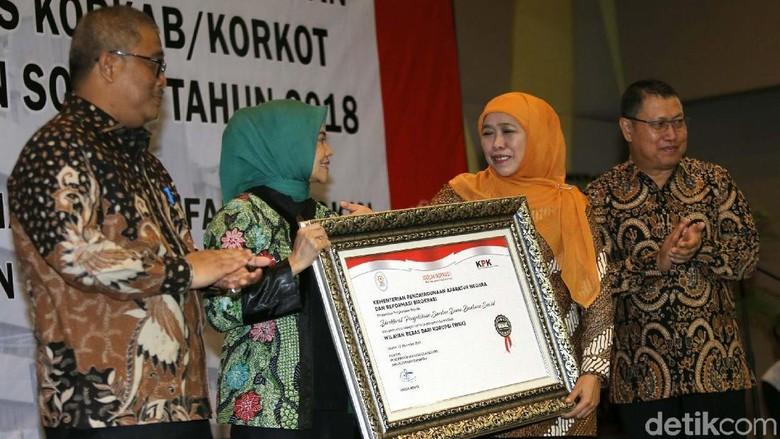 Mensos Pimpin Rakor Persiapan Bansos Non Tunai Pangan 2018