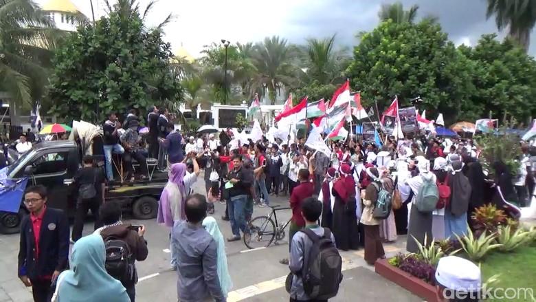 Aksi Bela Palestina, Warga Tasikmalaya Turun ke Jalan