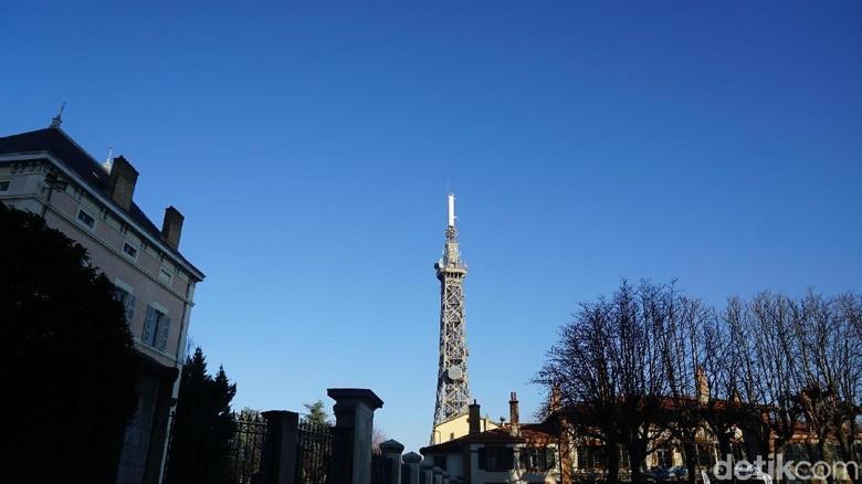 Kembaran Menara Eiffel di Lyon (Afif Farhan/detikTravel)