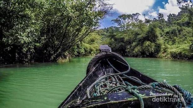 Sungai di Sukabumi