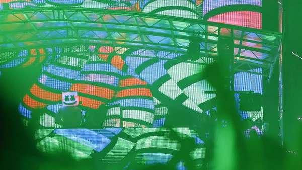 Begini Aksi Marshmello Remix Eta Terangkanlah di DWP 2017