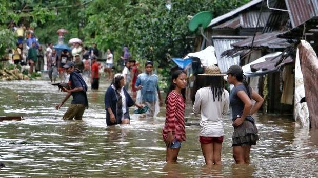 Banjir yang dipicu badai Kai-Tak di Filipina