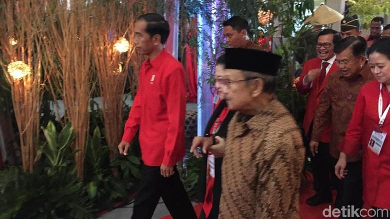 Hangatnya, Kemesraan Megawati dan Habibie di Berbagai Momen