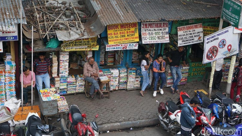 Foto: Pasar buku bekas terbesar di Kolkata (Masaul/detikTravel)