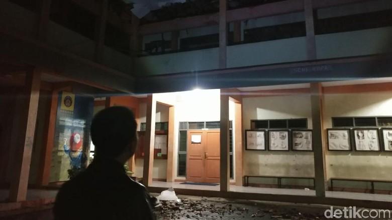 SMKN 3 Tasikmalaya Rusak Akibat Diguncang Gempa