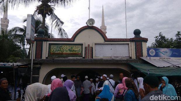 Sandiaga Ingin Makam Al Habib Husein Jadi Pusat Wisata Religi