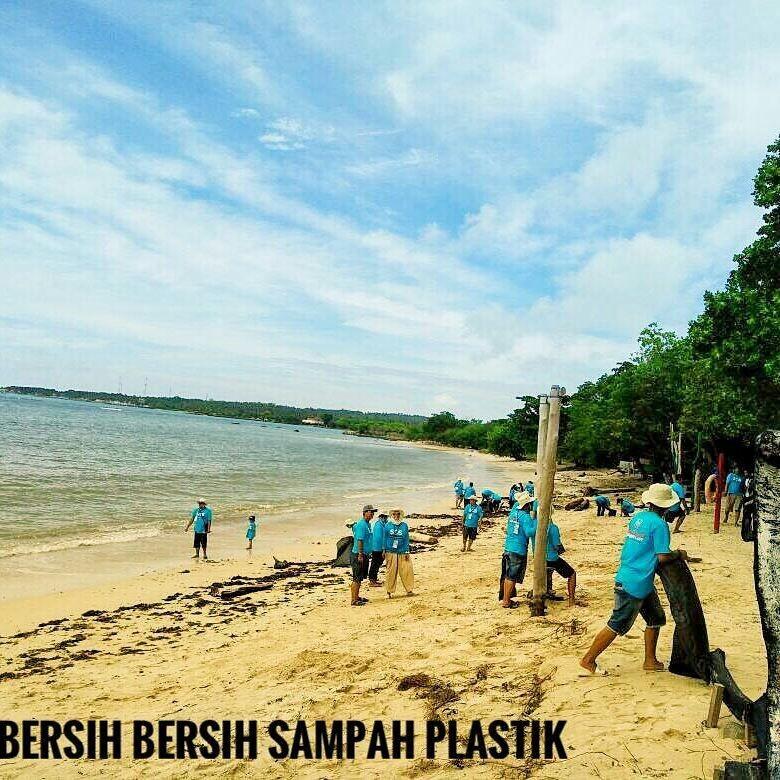 Komunitas Honda BR-V Peduli Lingkungan Pantai. Foto: Dok. Indonesia BRaVer Community (INVERNITY)