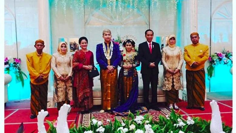 Saat Jokowi Hadiri Pernikahan Sopir Mobil Kepresidenan