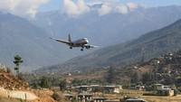 Paro Airport, Bhutan. Hanya pilot-pilot terlatih yang bisa mendarat di bandara ini. (Dok CNN).