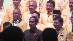 Jepret! Jokowi-JK Pose Bareng Ketua DPD I Golkar Se-Indonesia
