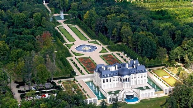 The Chateau Louis XIV is set in a 57-acre landscaped park. The developer bulldozed a 19th-century castle in Louveciennes to make way for the new chateau in 2009. Credit Charles Platiau/Reuters