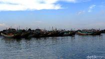 Sudah 3 Hari, Penyeberangan Jepara-Karimunjawa Masih Ditutup
