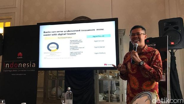 Director ICT Strategy & Marketing Huawei Indonesia Mohamad Rosidi