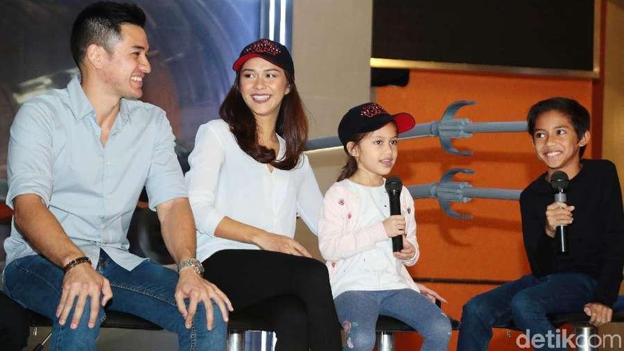 Tawa Bahagia Keluarga Nana Mirdad
