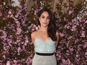 Inikah Desainer Israel yang Rancang Gaun Pernikahan Meghan Markle?