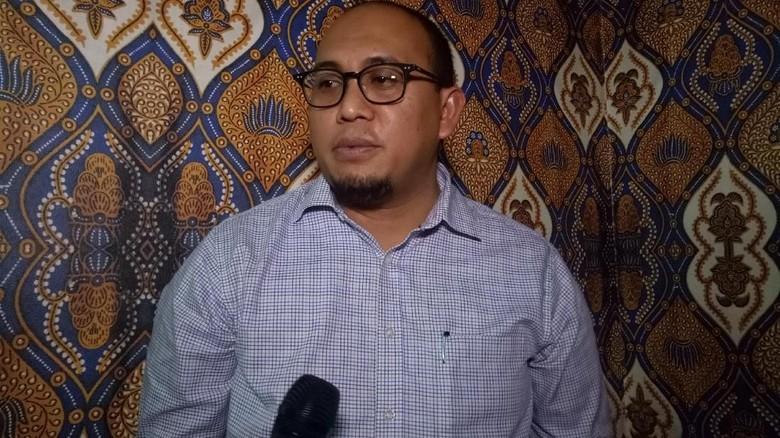 Gerindra: Sandi Tak Minta Prabowo Jadi Cawapres Jokowi, Rommy Hoax!
