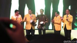 Pukul Jimbe, Presiden Jokowi Resmi Buka Munaslub Golkar