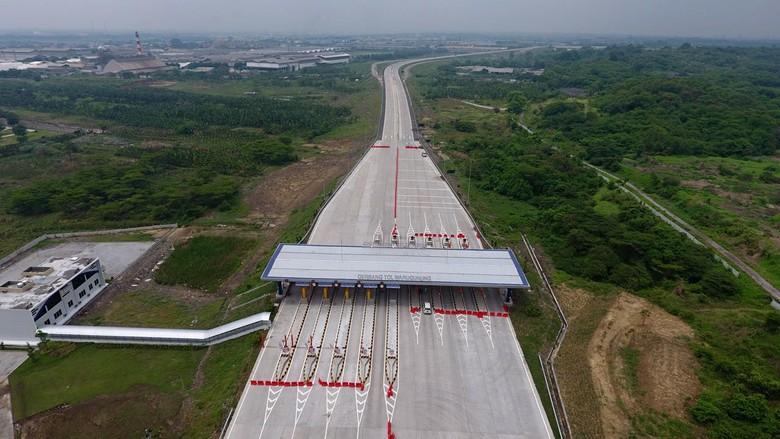 Tol Surabaya-Mojokerto dengan total panjang 15,5 km akhirnya siap beroperasi pada Selasa (19/12) besok.
