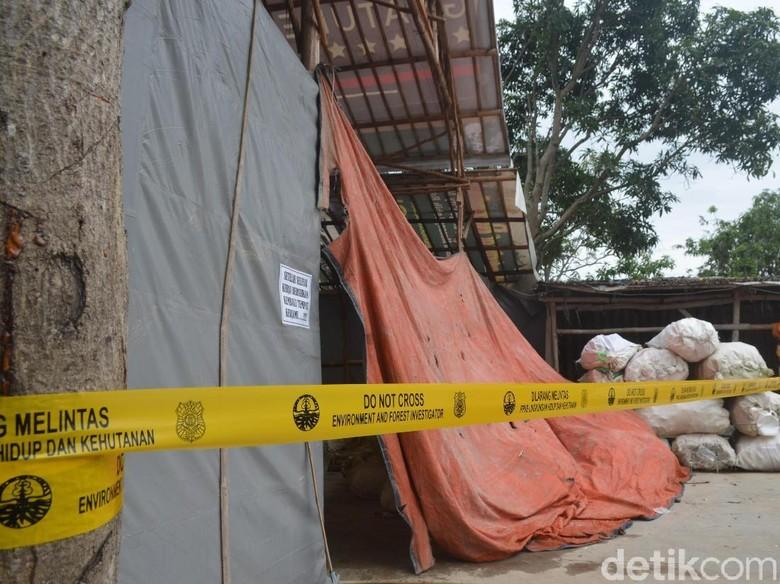 Oknum TNI Pemilik Gudang Limbah Medis di Cirebon Jadi Tersangka