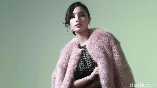 Cantiknya Tatjana Saphira dengan Jaket Bulu