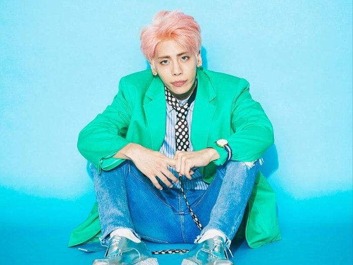 gaya fashion Jonghyun Shinee yang eksentrik