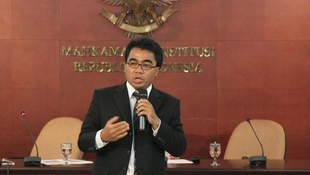 Dua Kali Langgar Etik, Ketua MK Diminta Mundur Pegawainya