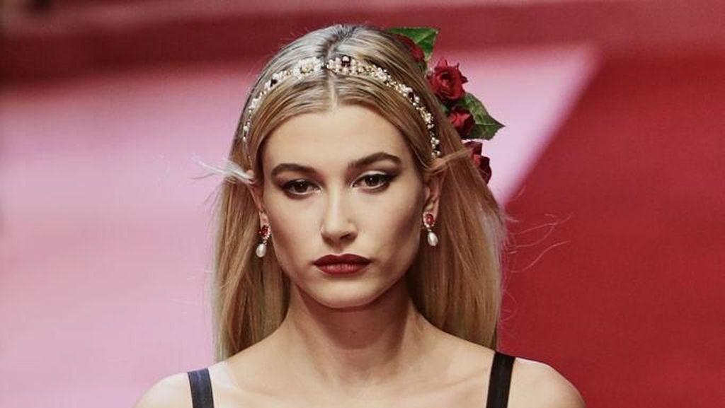 Tren Kecantikan Wanita Polandia, Highlighter & Makeup Organik Jadi Incaran