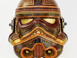 Seniman Sulap Tas Louis Vuitton Jadi Topeng Star Wars Keren