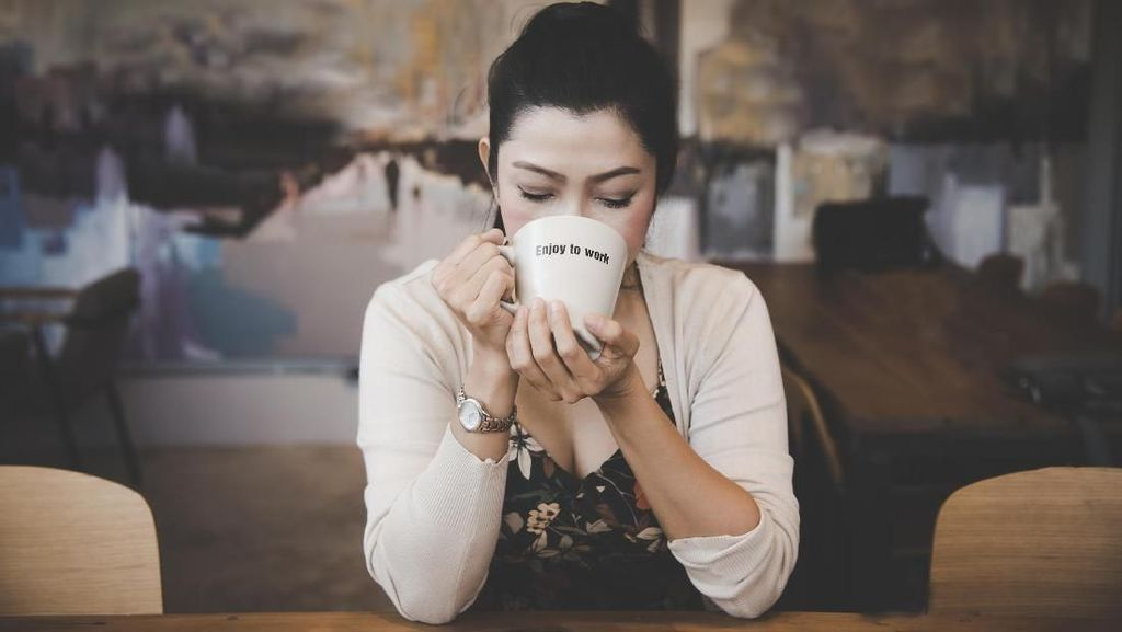 Jangan Minum Kopi Saat Perut Kosong Pagi Ini, Berikut Alasannya