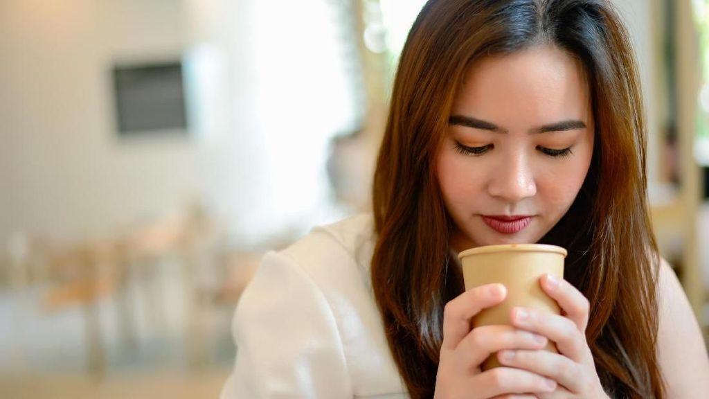 4 Alasan Tidak Minum Teh atau Kopi Saat Perut Kosong