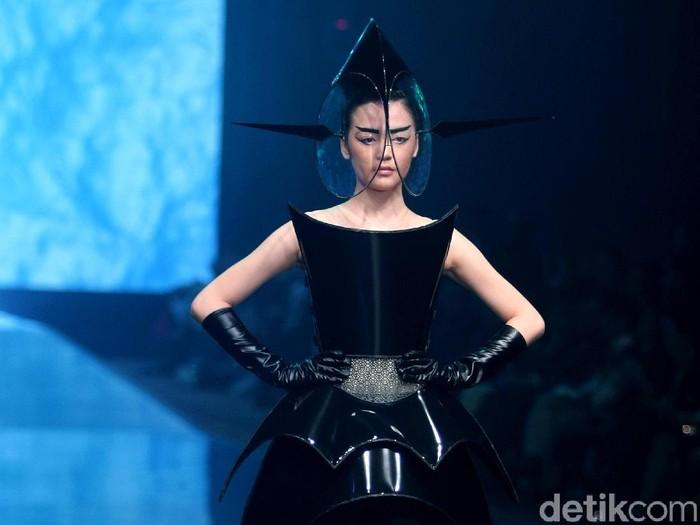 fashion show Rinaldy A Yunardi