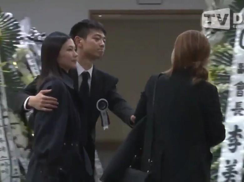 Minho SHINee Tetap Tegar di Penghormatan Terakhir untuk Jonghyun