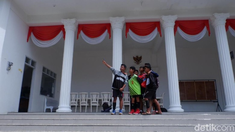 Istana Negara di Wonosobo Jadi Incaran Selfie Warga