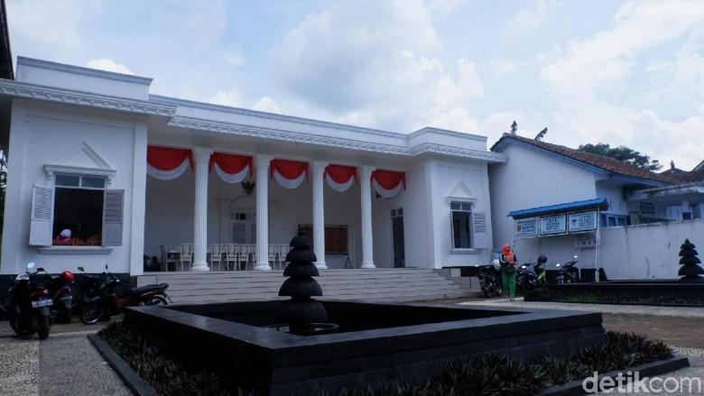 Ada Juga yang Foto Prewedding di Istana Negara Wonosobo