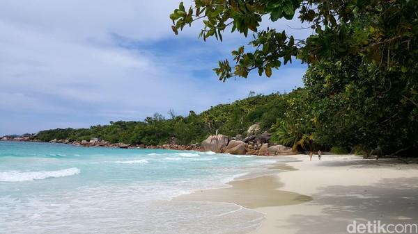 Destinasi peringkat 10 yang jumlah turisnya jauh lebih banyak dari warganya adalah Seychelles di Benua Afrika. Populasinya 94 ribu. Sedangkan turisnya 350 ribu/tahun (Fitraya/detikcom)